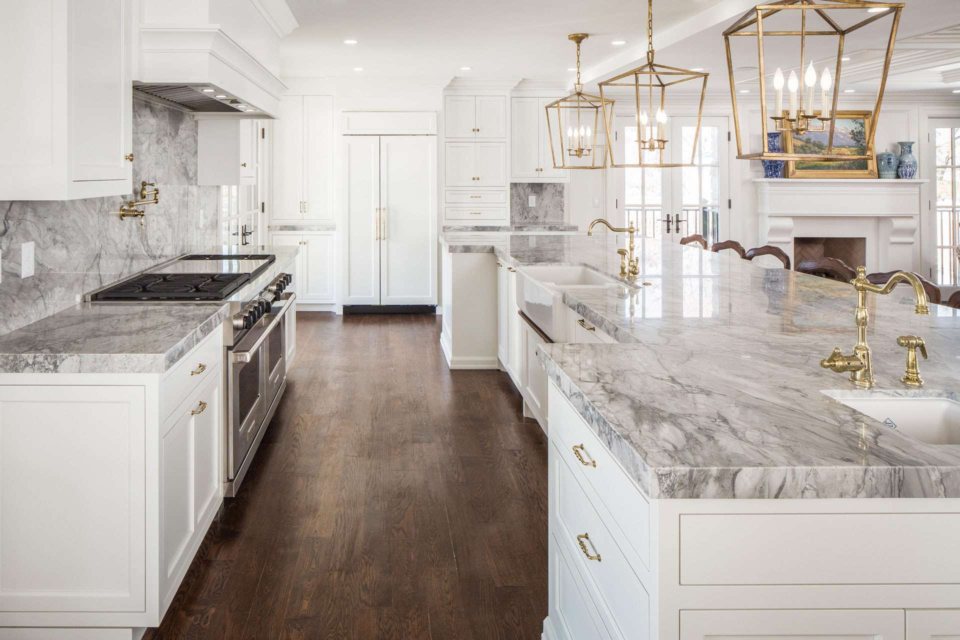 Kitchen tile floors white cabinets kitchen floor design for Beautiful white kitchen designs