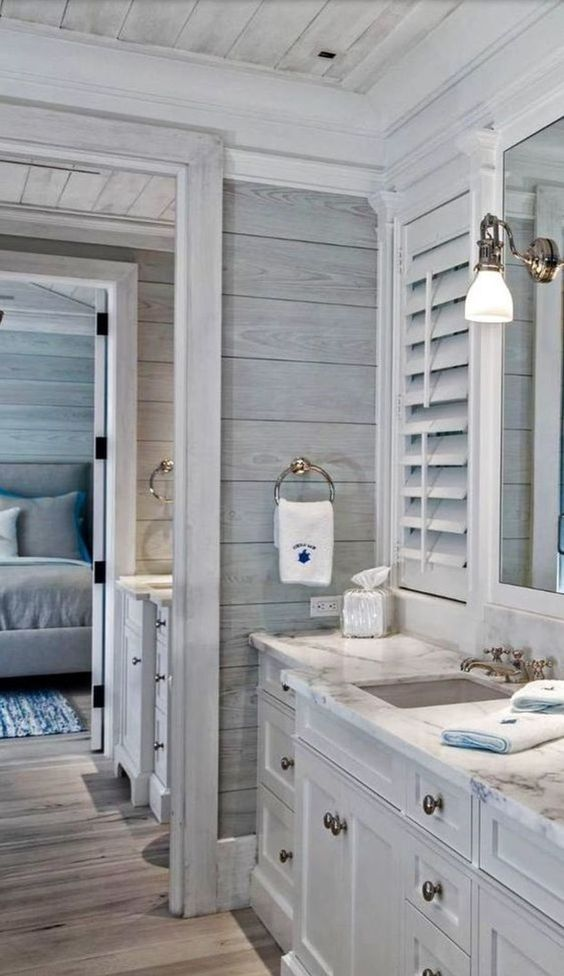 Farmhouse Bathrooms (15)