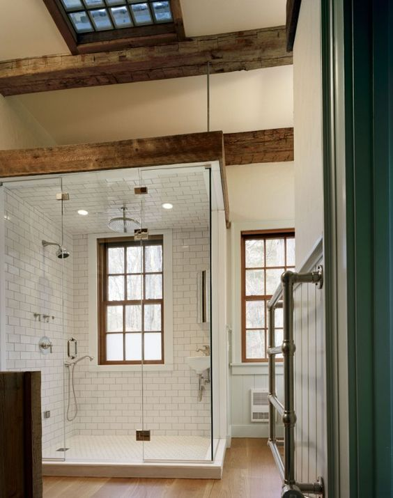 Farmhouse Bathrooms (21)