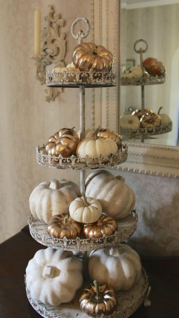 Gold Painted Pumpkins, Decorating with Pumpkins