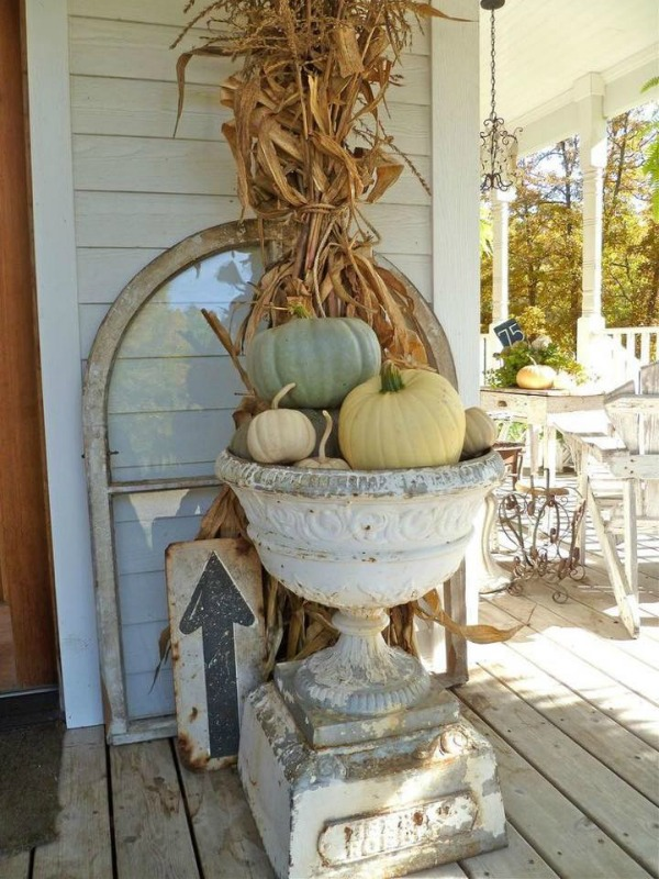 Urn of Offbeat Colored Pumpkins, Decorating with Pumpkins