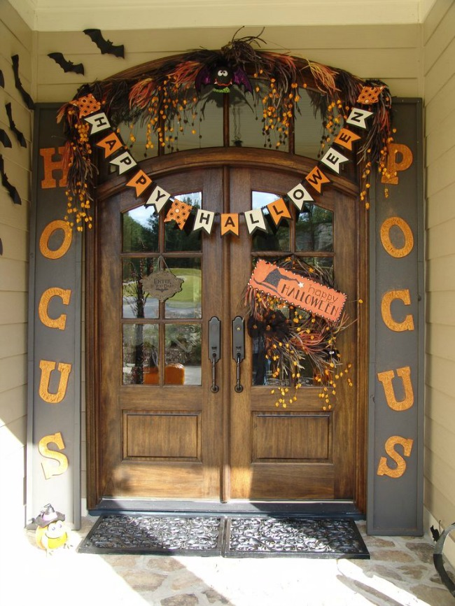 Hocus Pocus, Halloween Front Porch Ideas via House of Hargrove