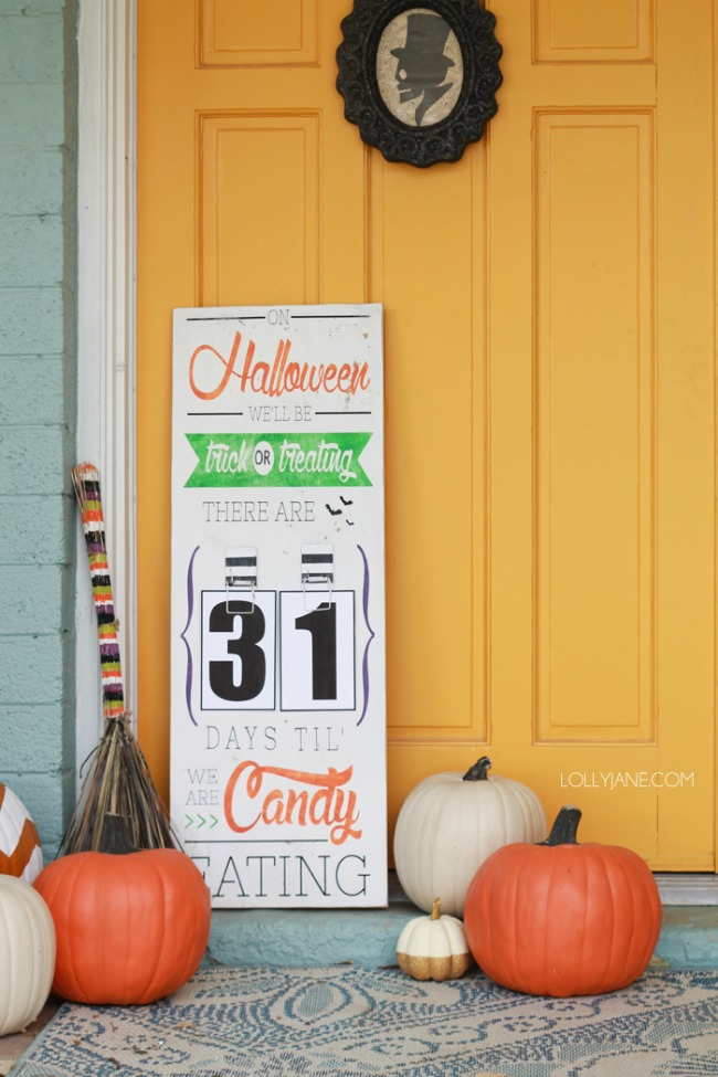 Lolly Jane, Halloween Front Porch Ideas via House of Hargrove