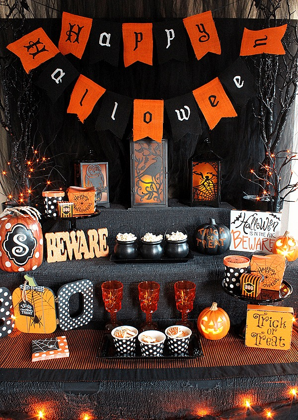 Michelle's Party Plan It, Halloween Decor Ideas