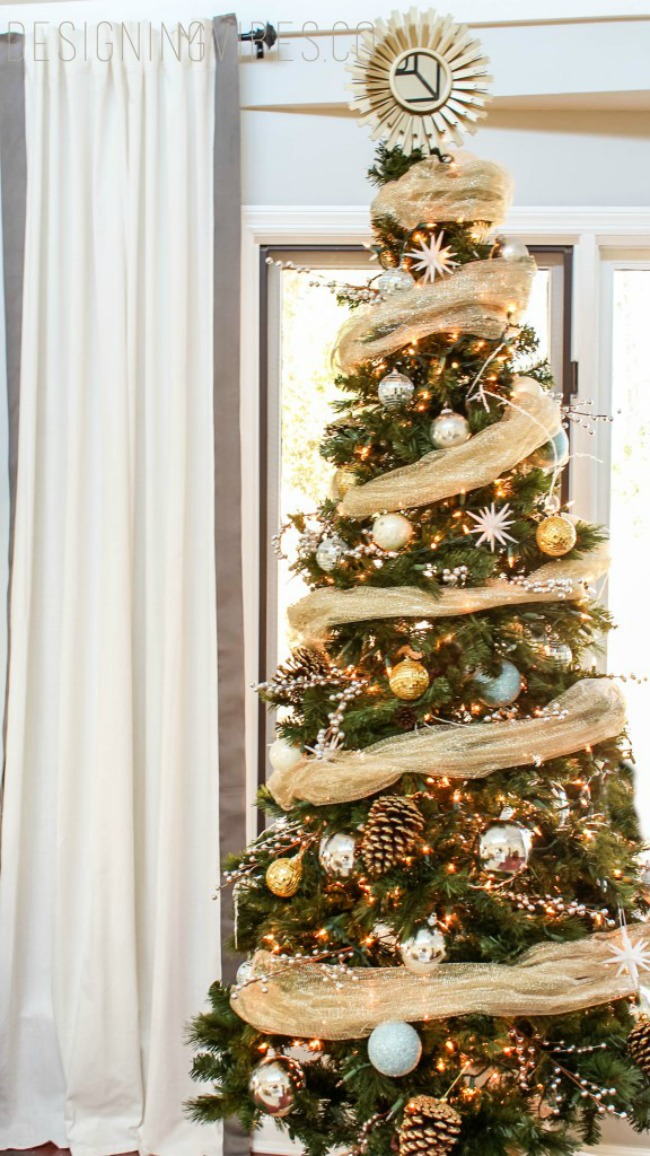 Designing Vibes, Gorgeous Christmas Trees via House of Hargrove