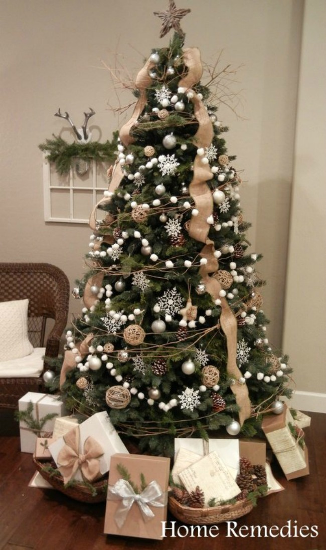 Home Remedies, Gorgeous Christmas Trees via House of Hargrove