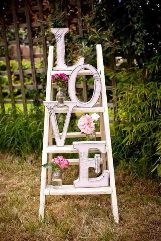 via Home my Design LOVE Ladder, 40 Valentines Day Ideas via House of Hargrove