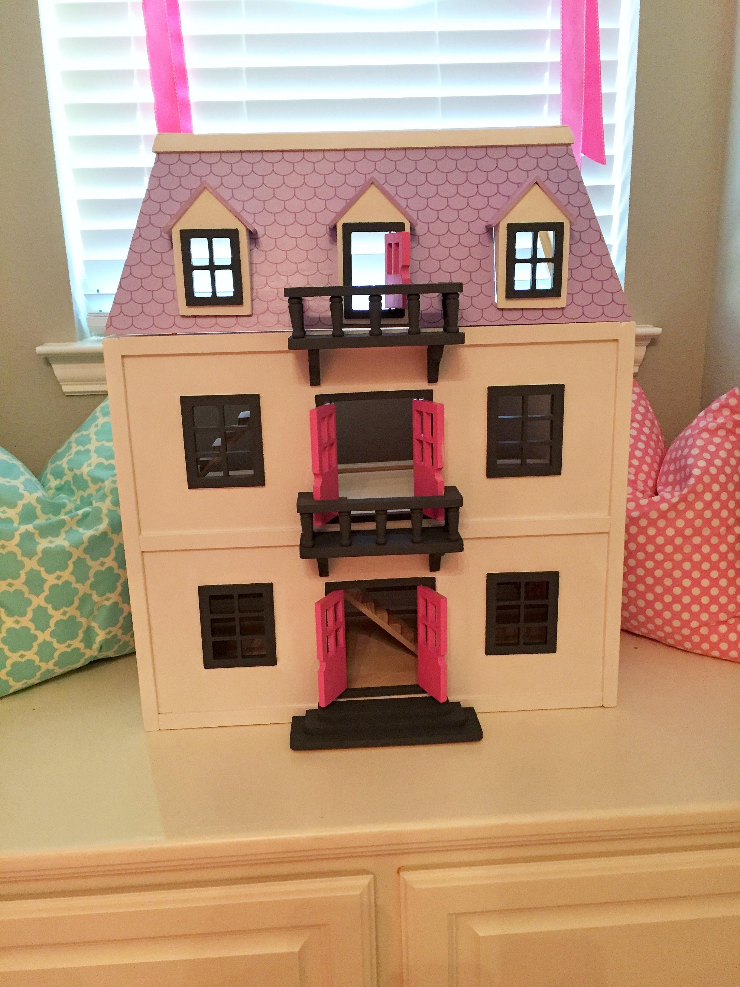 ... Dollhouse (8) ...