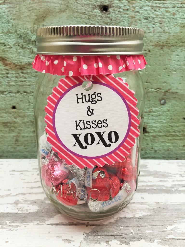 Mason Jar Valentine's (7)
