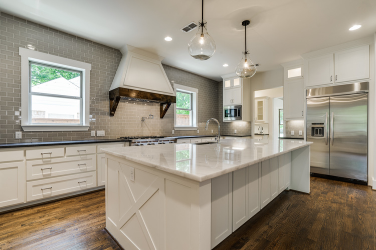 Beautiful white kitchens house of hargrove House beautiful com kitchens