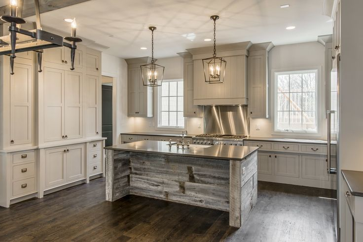 Farmhouse kitchen 17