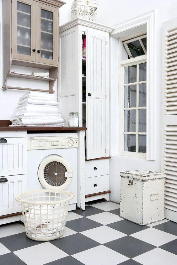 Checker Floor laundry room