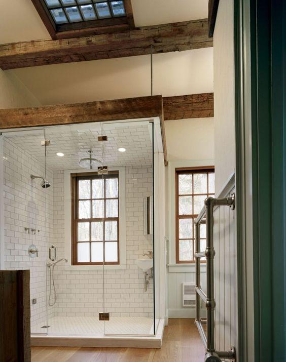 Farmhouse Bathrooms (21)