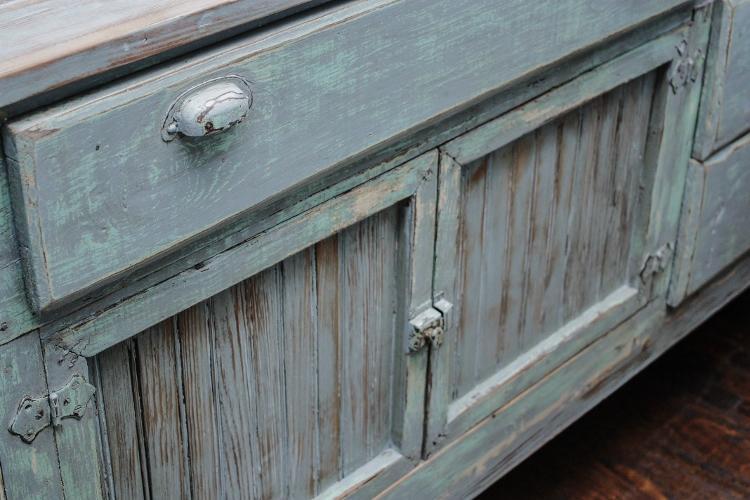 antique-counter-4-750x500