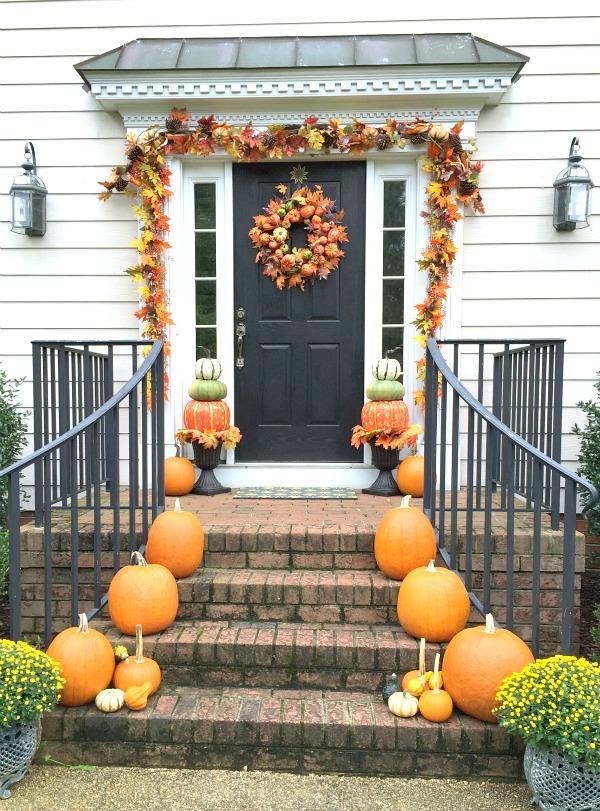 Pumpkin Topiaries, Decorating with Pumpkins