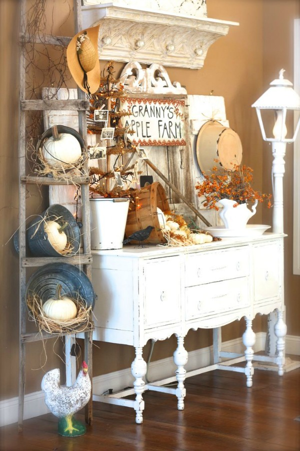 Fall decor inspiration house of hargrove for Ladder house decor