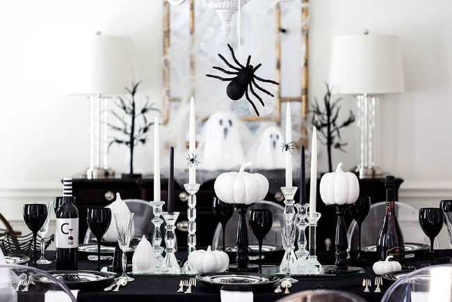 Spooktacular Halloween Dinner Party by Pizzazzerie, Halloween Tablescapes and Party Ideas