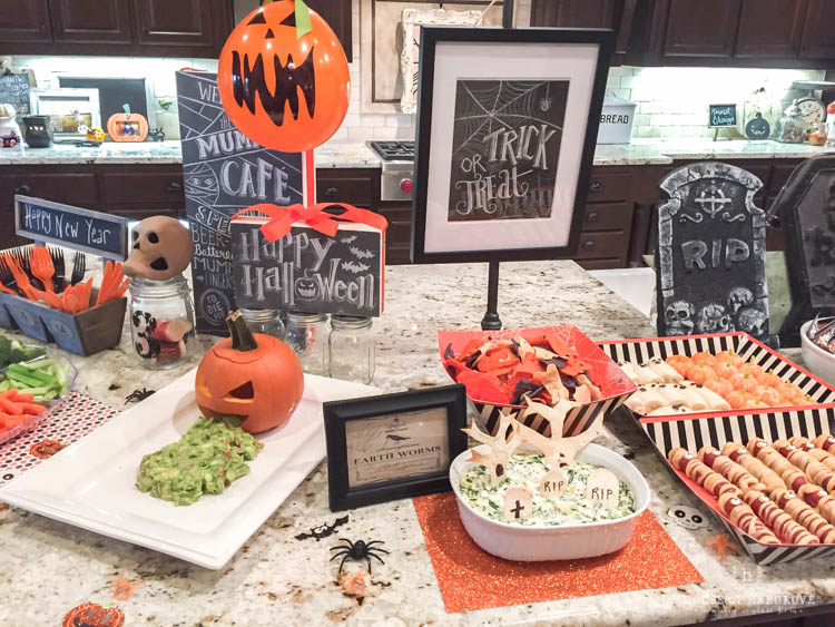 trick-or-treat-halloween-party-11