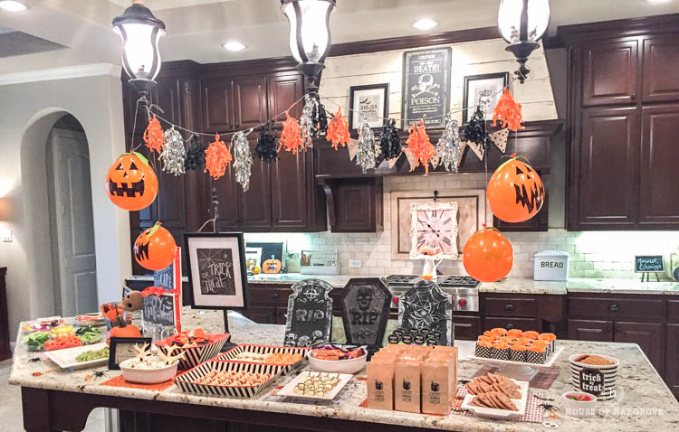 trick-or-treat-halloween-party-12