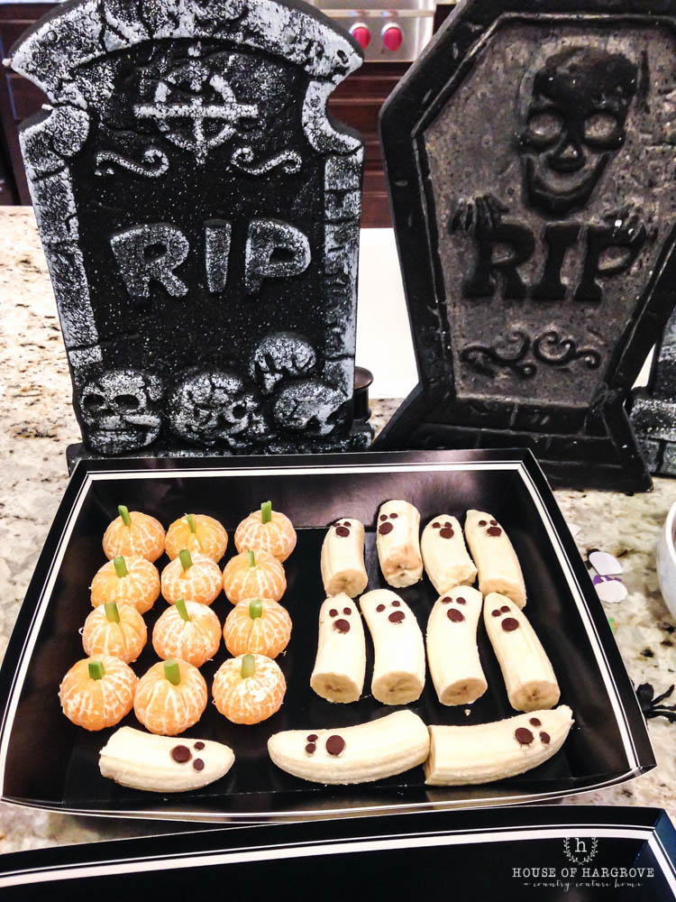 trick-or-treat-halloween-party-4