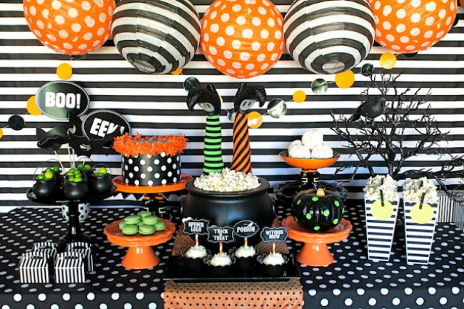 Witches Soiree by Giggles Galore, Halloween Tablescapes and Party Ideas