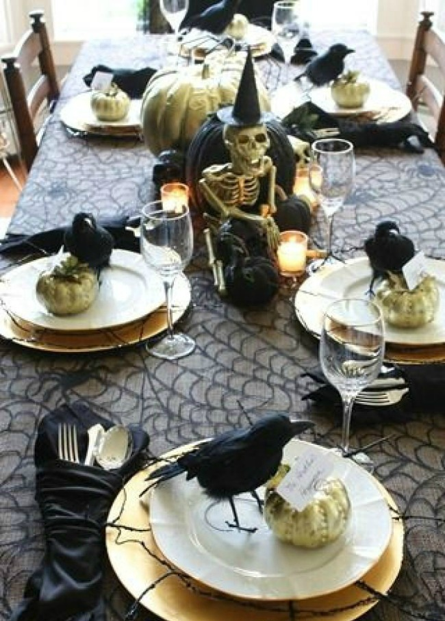 Elegantly Spooky Halloween Tablescape by Finding Home Farms, Halloween Tablescapes and Party Ideas