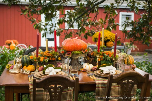 Celebrating Everyday Life, Thanksgiving Tablescapes via House of Hargrove