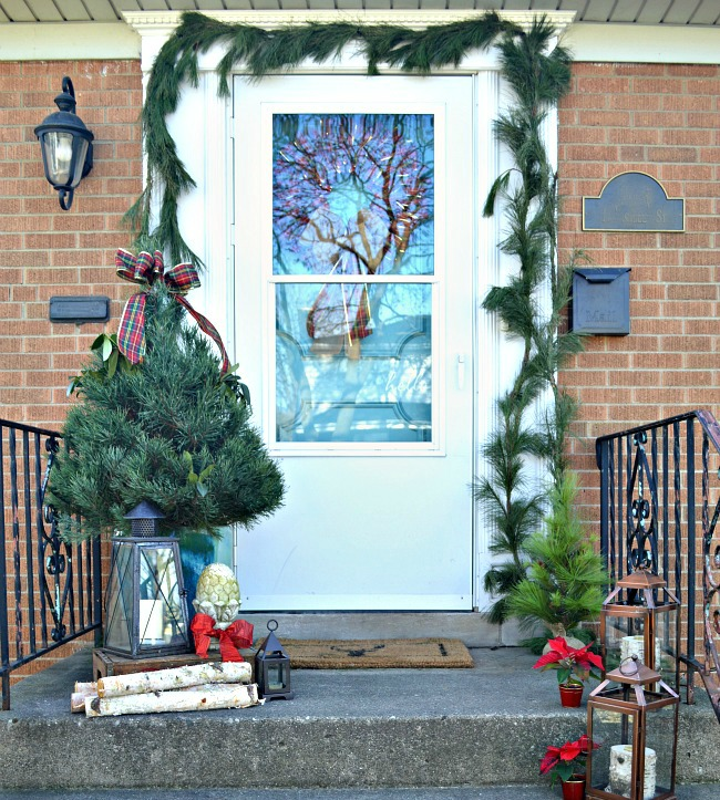 Chatfield Court, Christmas Porches via House of Hargrove