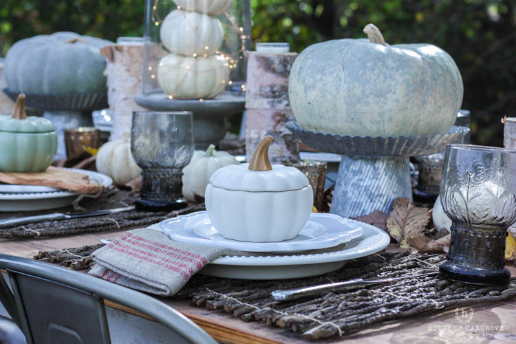 Farm to Friendsgiving: A neutral, shimmery tablescape