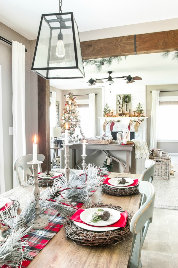 Blesser House, Christmas Tablescapes / Party Ideas via House of Hargrove