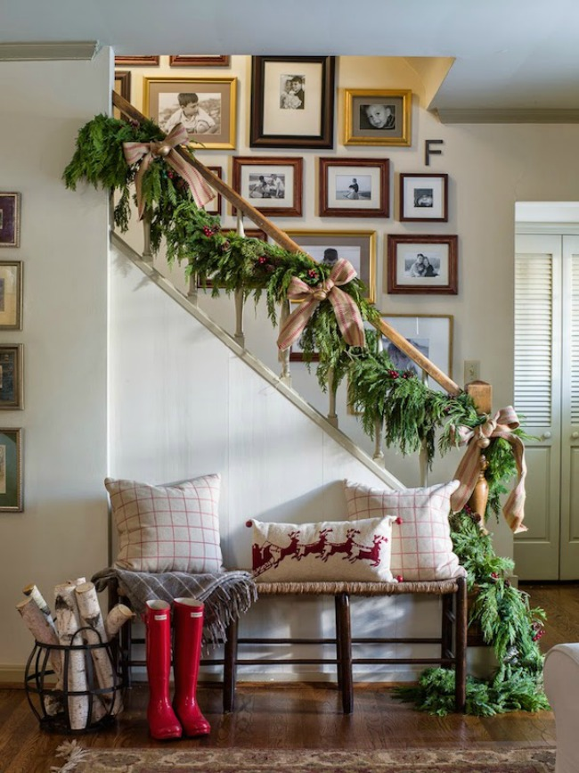 Christmas Staircase Decoration, Christmas Inspiration via House of Hargrove