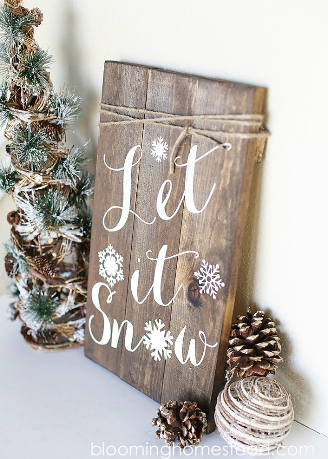DIY Winter Woodland Sign, Christmas Inspiration via House of Hargrove