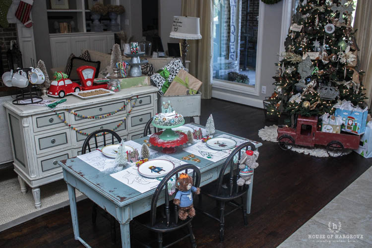holiday-kids-table-toys-8