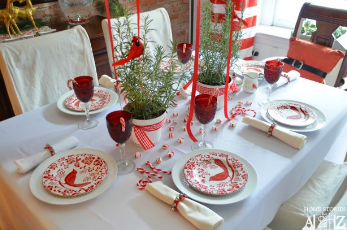 Home Stories A to Z, Christmas Tablescapes / Party Ideas via House of Hargrove