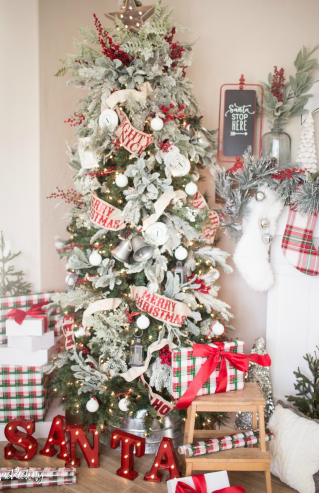 Just Destiny, Gorgeous Christmas Trees Via House Of Hargrove