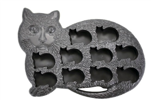 Kitten Shape Silicone Ice Cube Tray, White Elephant Gift Ideas via House of Hargrove