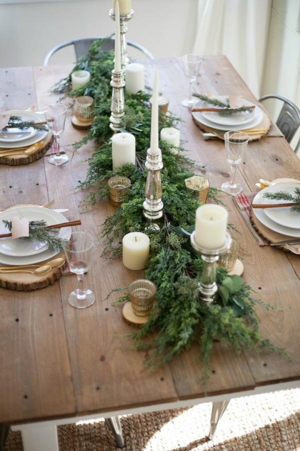 Lauren McBride, Christmas Tablescapes / Party Ideas via House of Hargrove