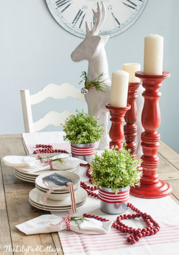 The Lily Pad Cottage, Christmas Tablescapes / Party Ideas via House of Hargrove
