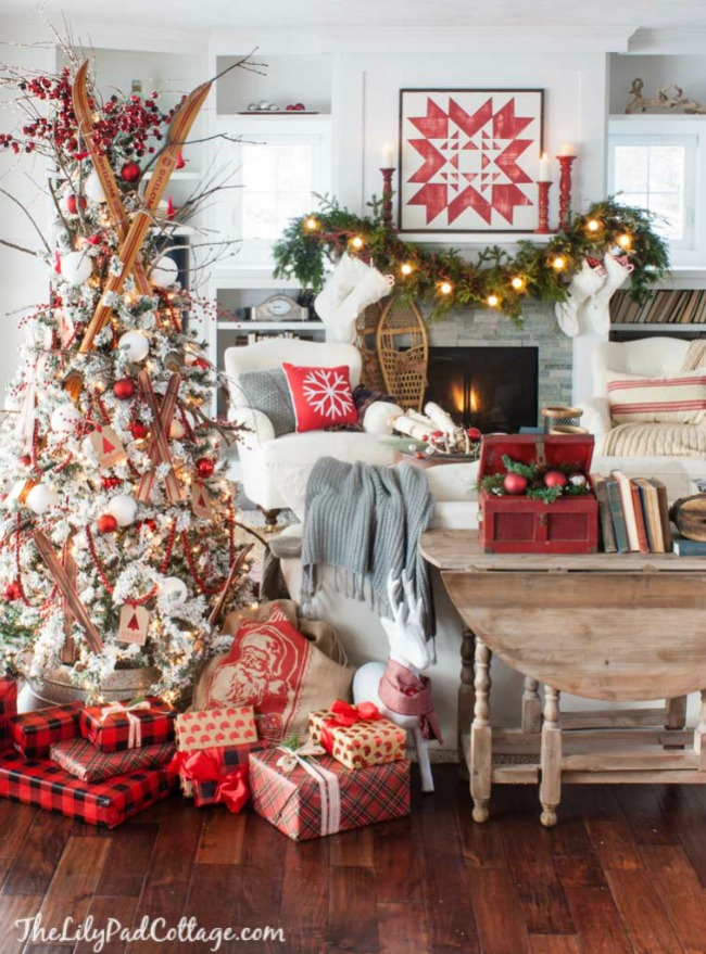 The Lily Pad Cottage, Gorgeous Christmas Trees via House of Hargrove
