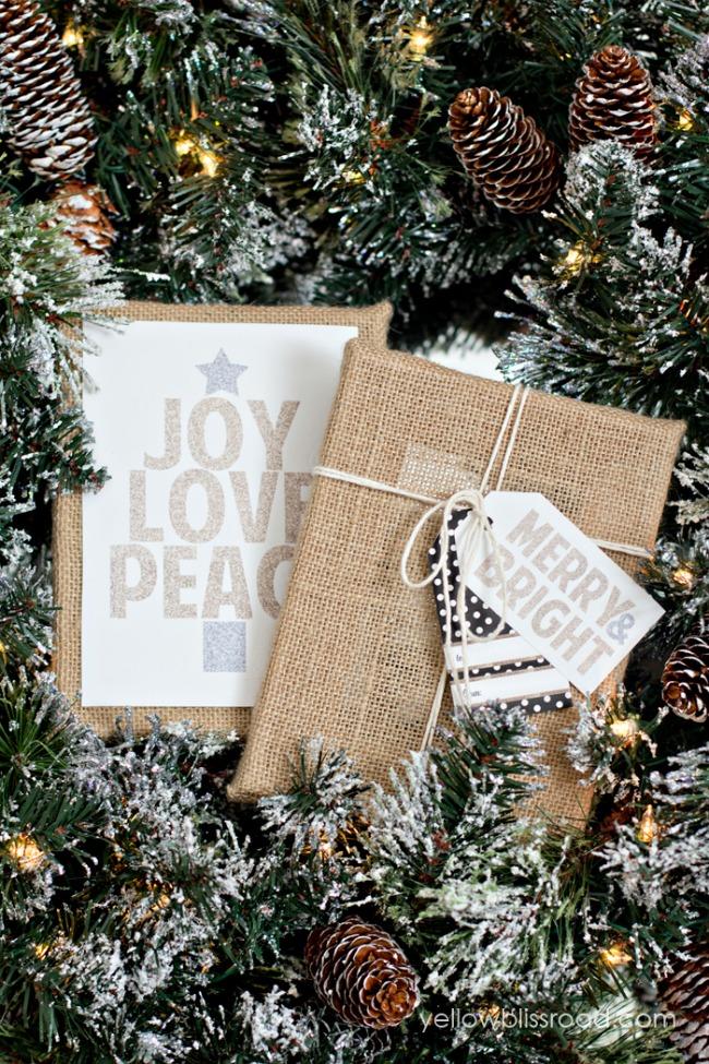 Printable Glitter Signs, Christmas Printables via House of Hargrove