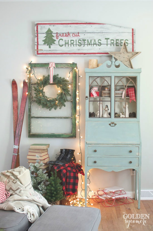 Christmas Living Room, Christmas Inspiration via House of Hargrove