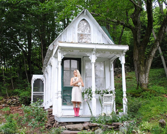 My Shabby Streamside Studio, She Sheds via House of Hargrove