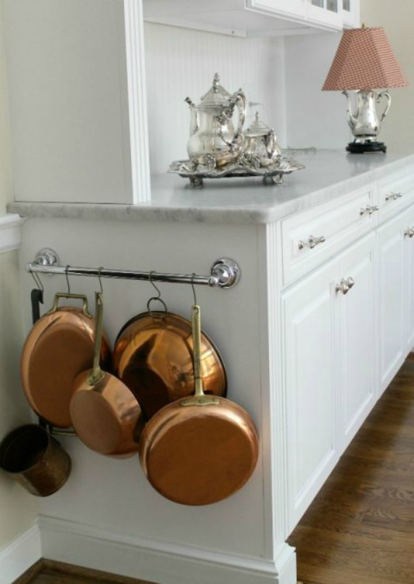 The 2 Seasons, Organizing Tips and Tricks via House of Hargrove
