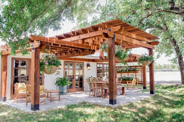 Fixer Upper, Beautiful Outdoor Spaces