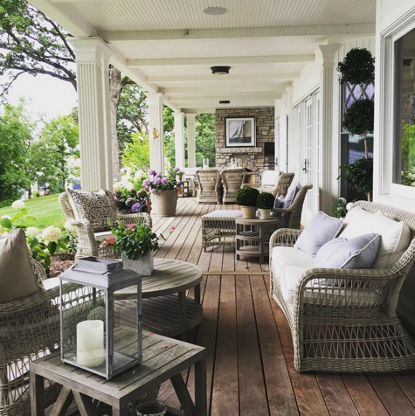 via Home Bunch, Beautiful Outdoor Spaces