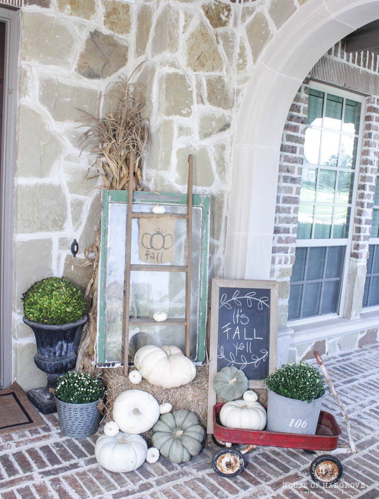 Farmhouse Fall Porch I Love Incorporating Vintage Items Into My Decor It Just Give A Little Extra Character This Old Window Ladder