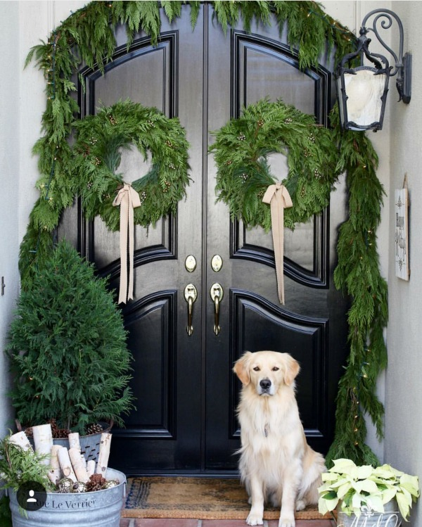There is no shortage of inspiration for Christmas Front Porches here!