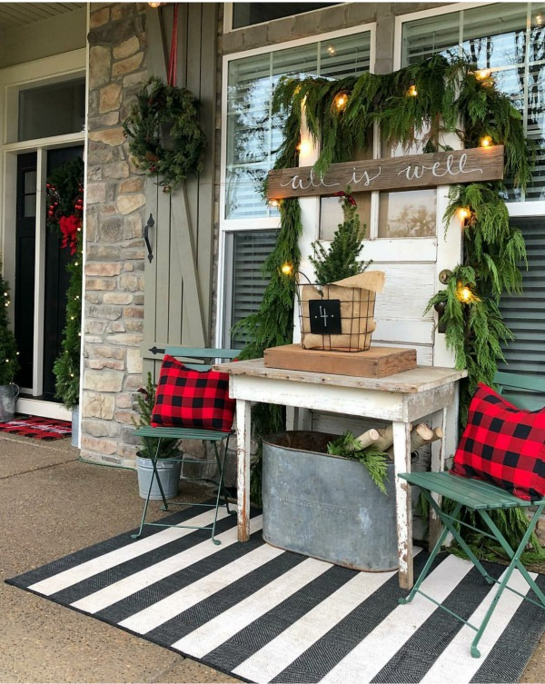 There is no shortage of major inspiration right here for those amazing Christmas Front Porches!