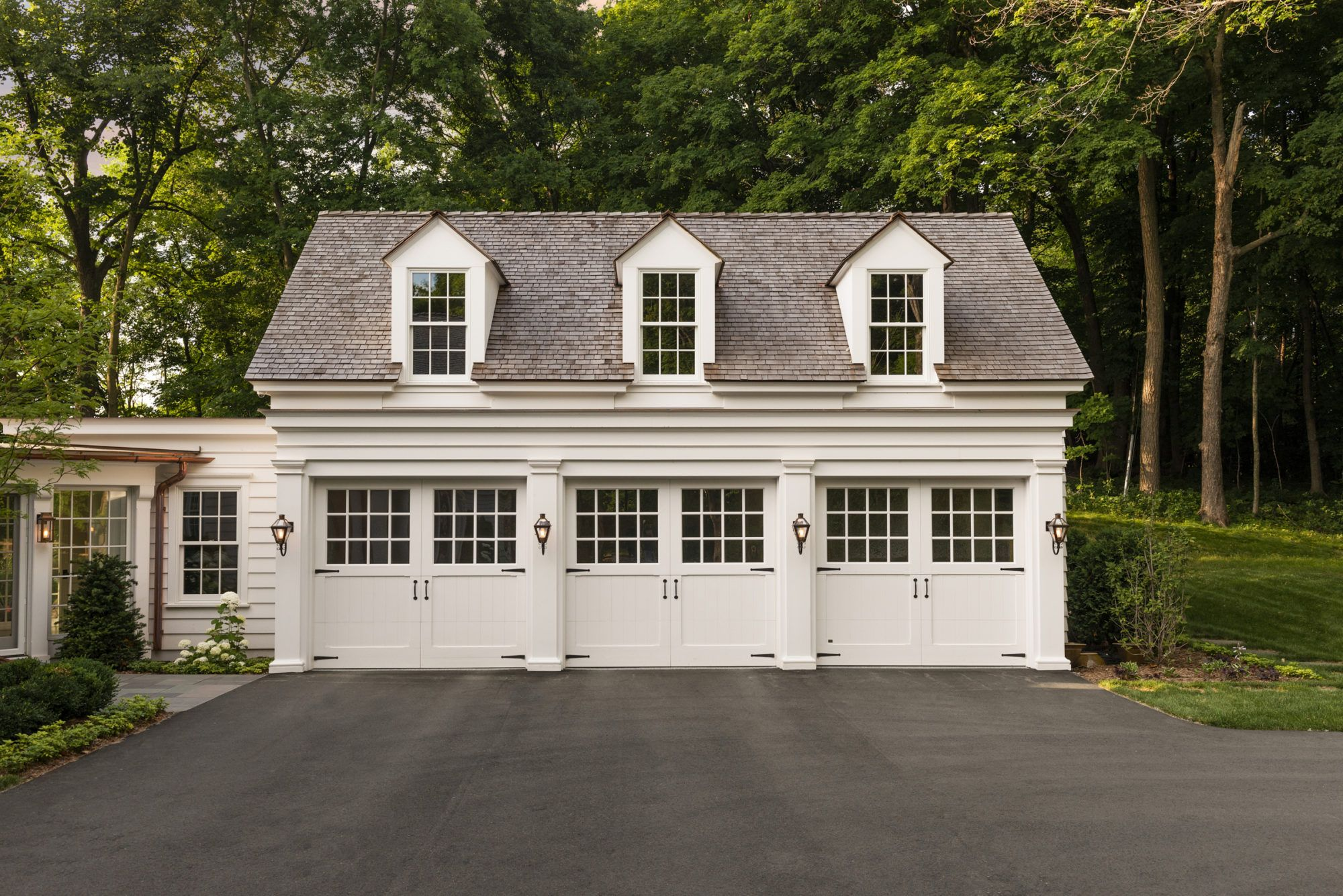 New House Carriage Garage Breezeway Inspiration